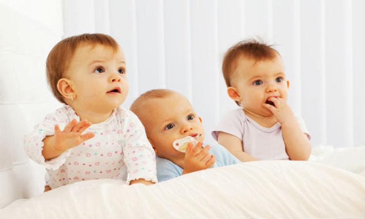 Populairste babynamen 1e halfjaar 2015