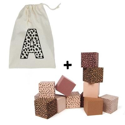 vanpauline foam blokken roze opbergzak met letter