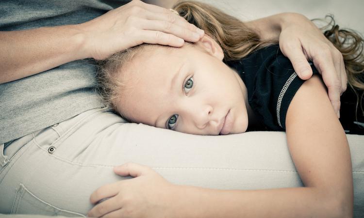 Wat als je kind bang is voor gewelddadig nieuws?