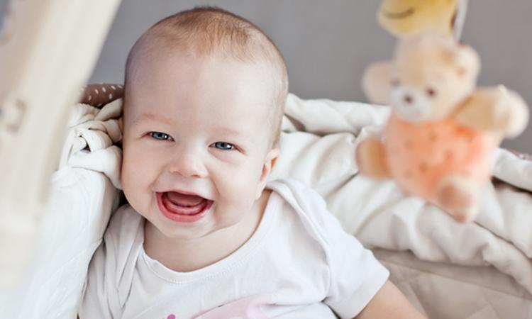 Omdraaien van dag- en nachtritme baby