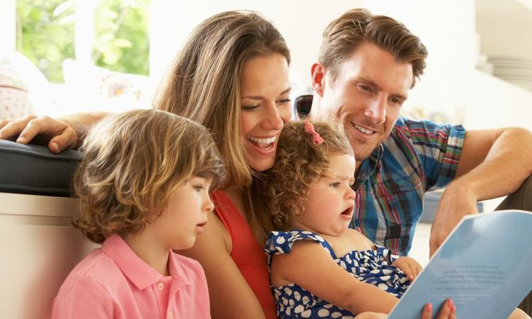 Dit is waarom vaders en moeders in een traditionele rolverdeling vervallen