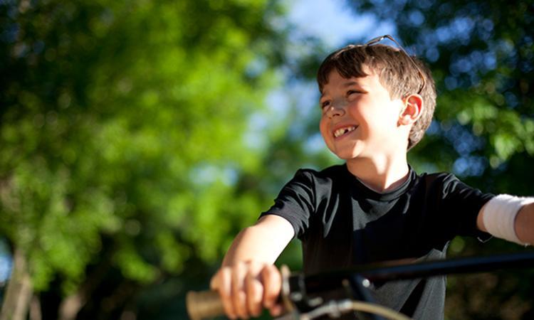 Wanneer kan je kind alleen naar school fietsen?