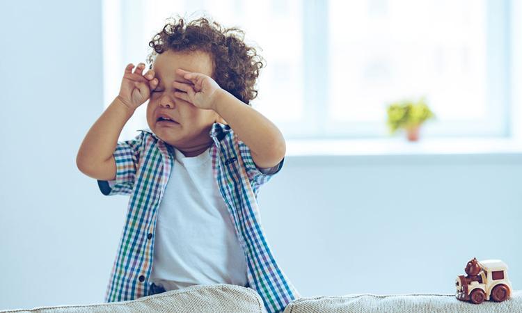Onderzoek: kinderen zijn 800% vervelender met hun moeder in de buurt