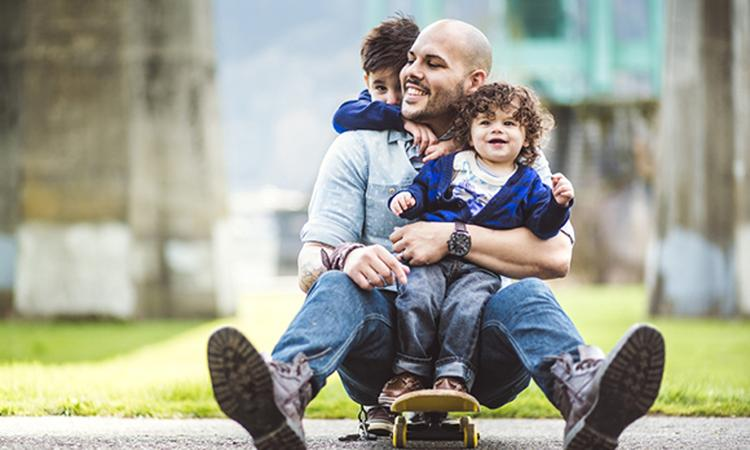 Waarom stoeien met je kind goed is