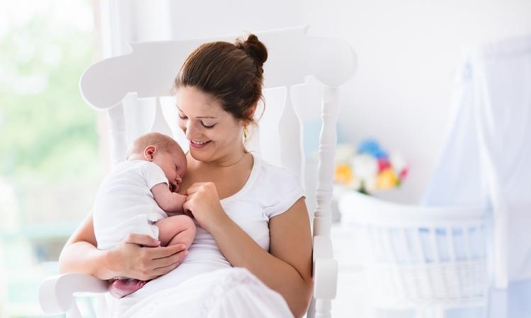 10x dit is handig om te weten over je pasgeboren baby