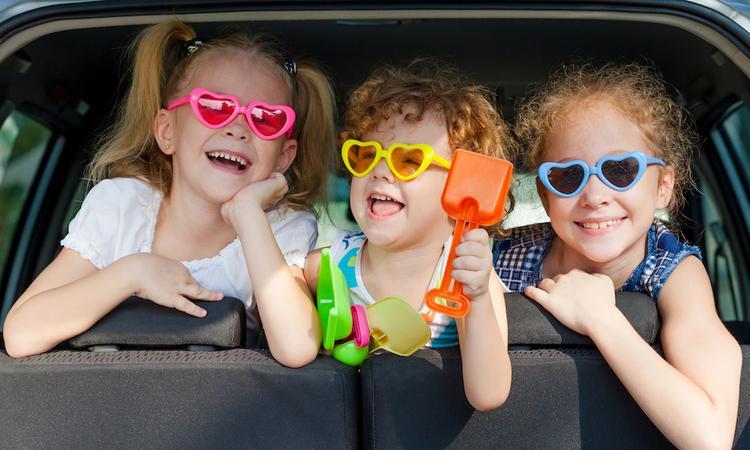 9 gouden tips om een lange autorit met kind leuker te maken