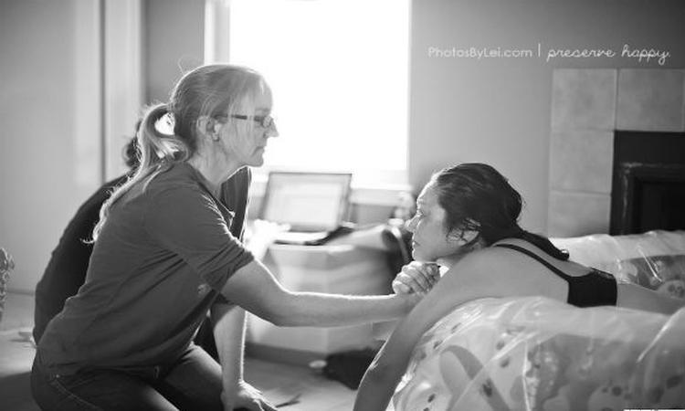 Fotoserie: vroedvrouwen aan het werk