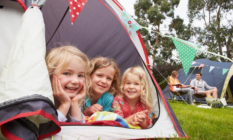 Voor het eerst naar de camping met kinderen? 13x kampeertips voor 'dummies'