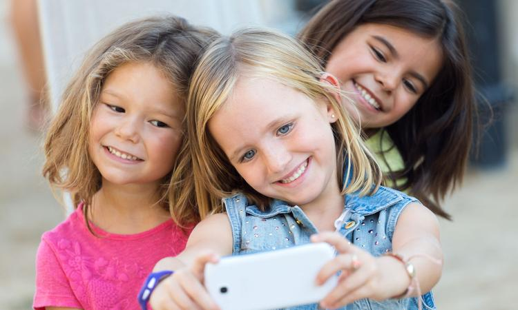 Schokkend: pedo's steeds vaker aan de haal met onschuldige kinderfoto's