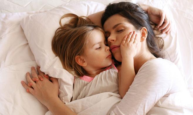 Kind in eigen bed leren slapen