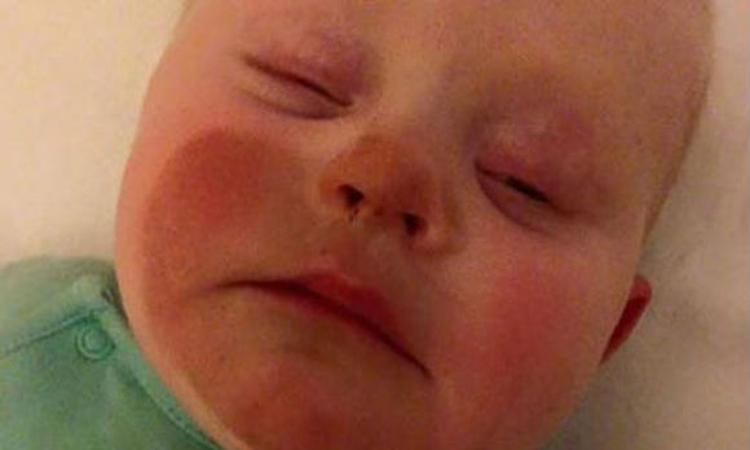 Oeps… baby kleurt bruin na borstvoeding