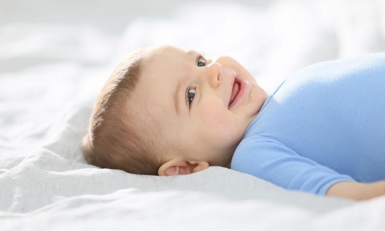 Dit is waarom voeding belangrijk is voor de weerstand van je baby