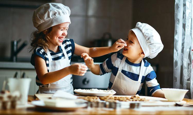 Waarom bakken met je kind altijd een goed idee is