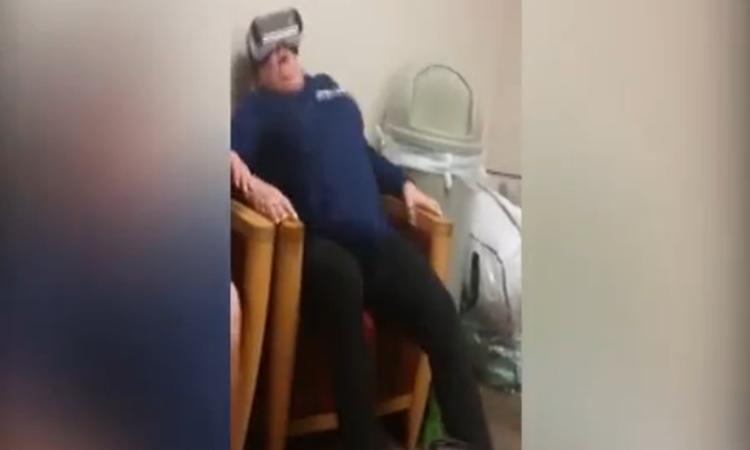Oma test virtual reality bril