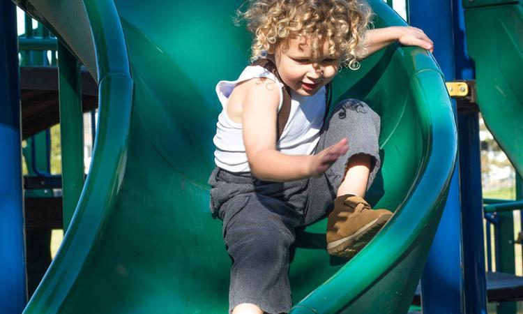 Dit is waarom het belangrijk is om je kind los te laten (zo klein als hij is)