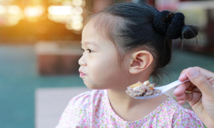 Bewezen: hierdoor worden kinderen moeilijke eters