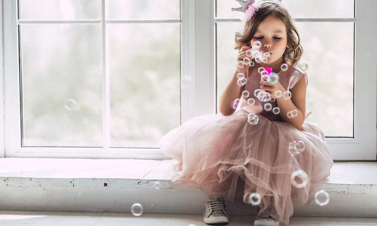 De wetenschap spreekt: knappe ouders krijgen vaker een dochter