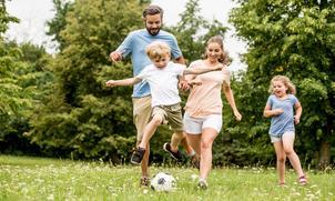 Vakantie? 9 ouderwets leuke spelletjes voor het hele gezin