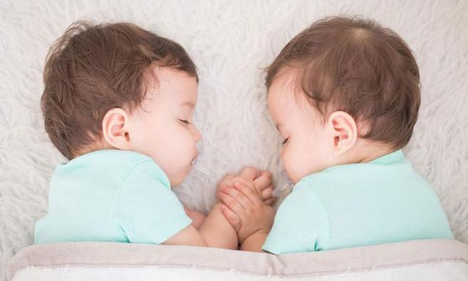 Psychologie tweelingen: zo stimuleer je hun eigen 'ik'